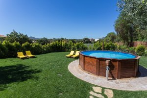 Top Benefits of Choosing Small Pool